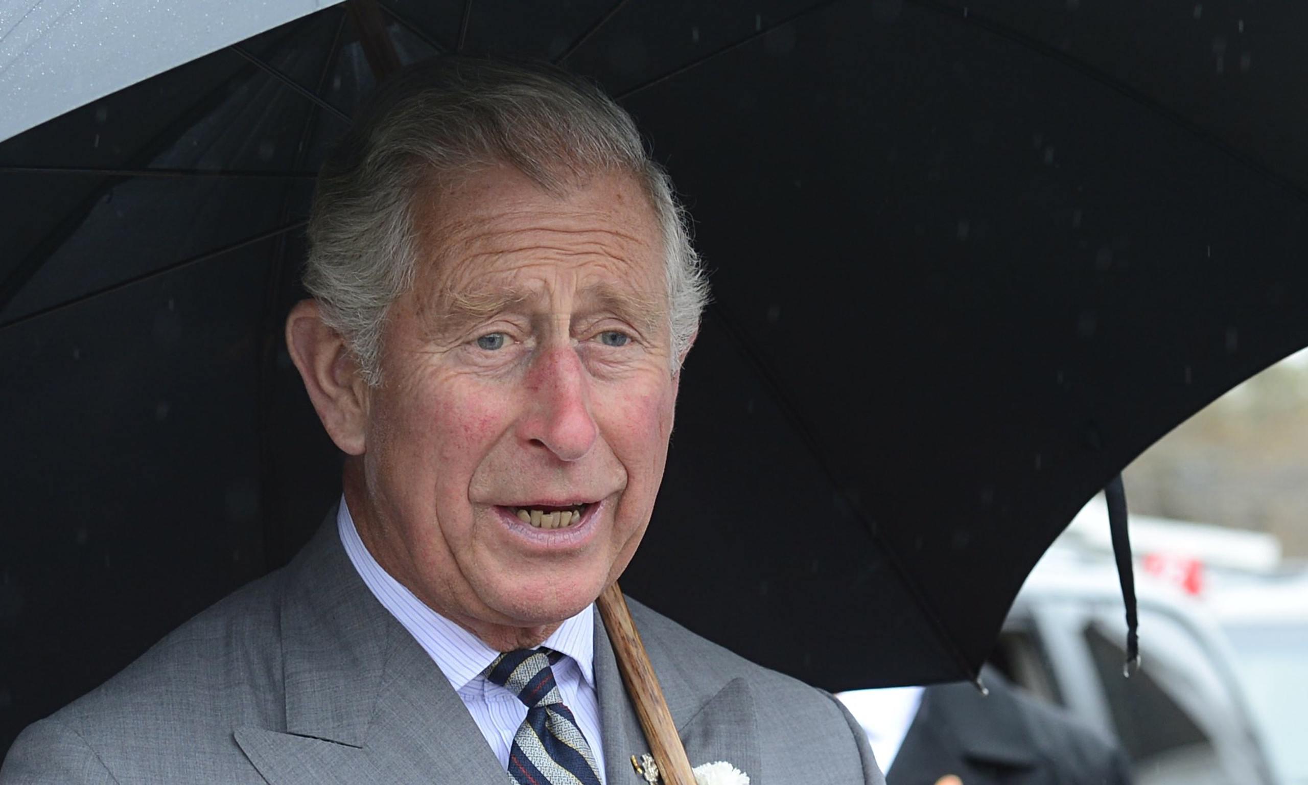 El príncipe Carlos se va indignado de México. Anuncia su divorcio 4
