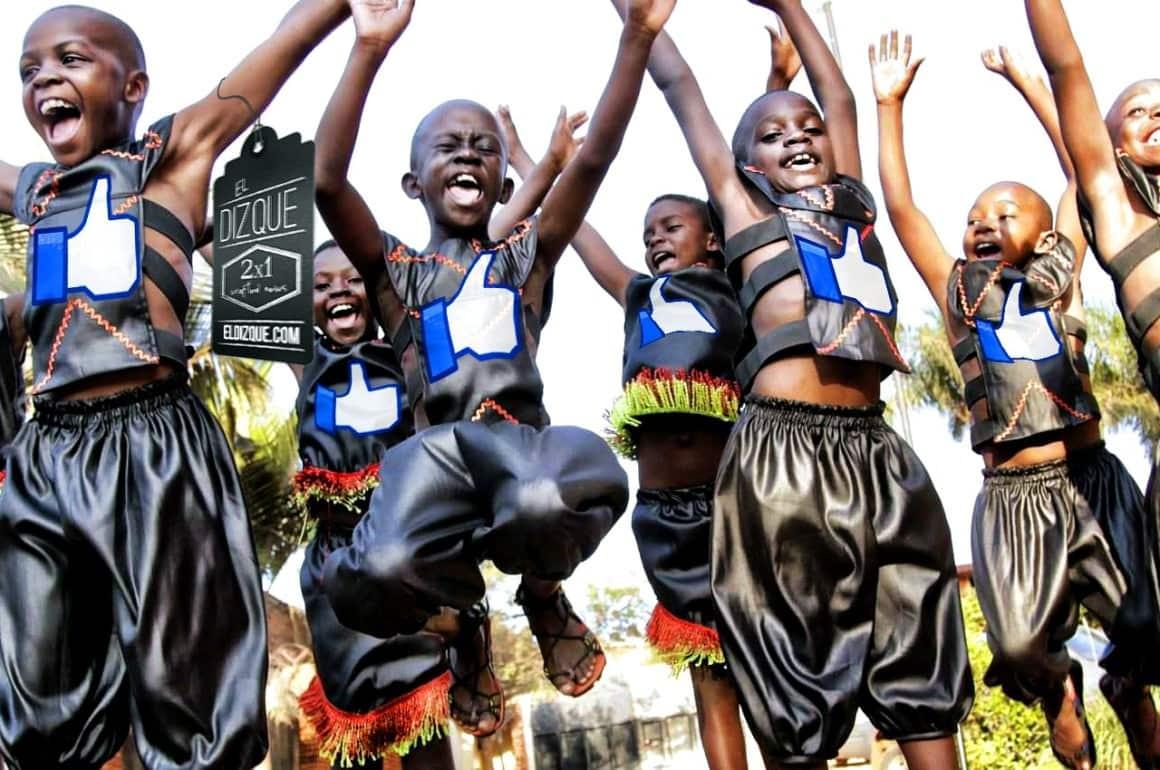 Hambruna en África casi erradicada gracias a likes de Facebook. 1