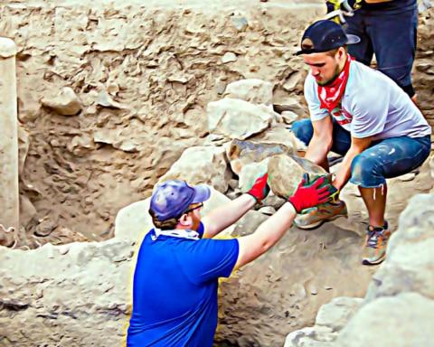 Arqueólogos descubren la primera versión de La Mañanitas 1