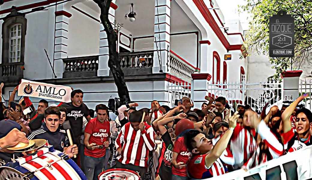 Seguidores de las Chivas le piden a AMLO que los ayude a ganar 1