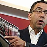 Javier Lozano propone legalizar el huachicoleo: Romero Deschamps lo avala 6