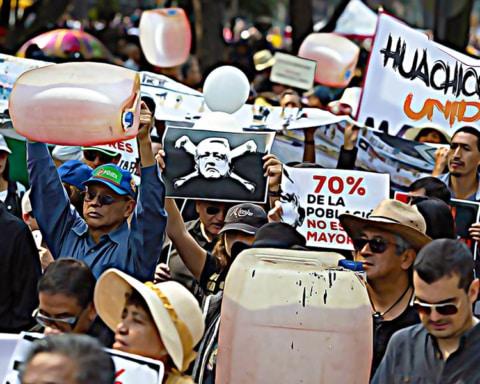 Huachicoleros organizan marcha al Zócalo para protestar contra AMLO 2