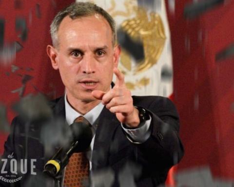 """Aunque tiemble, #QuédateEnCasa"", ordena Hugo López-Gatell 2"