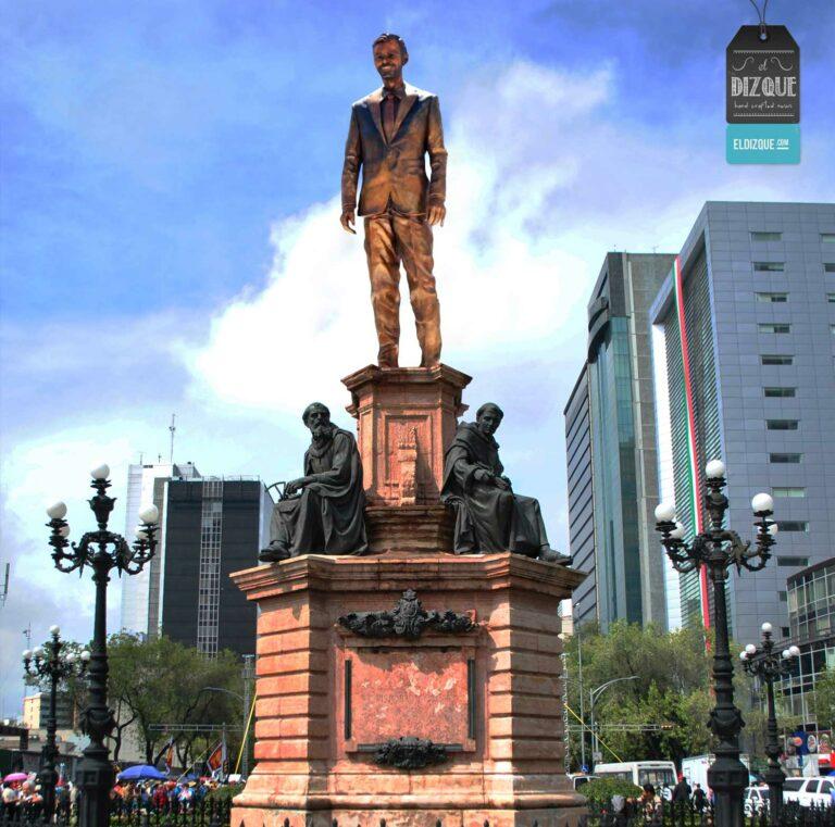 Estatua de Eugenio Derbez